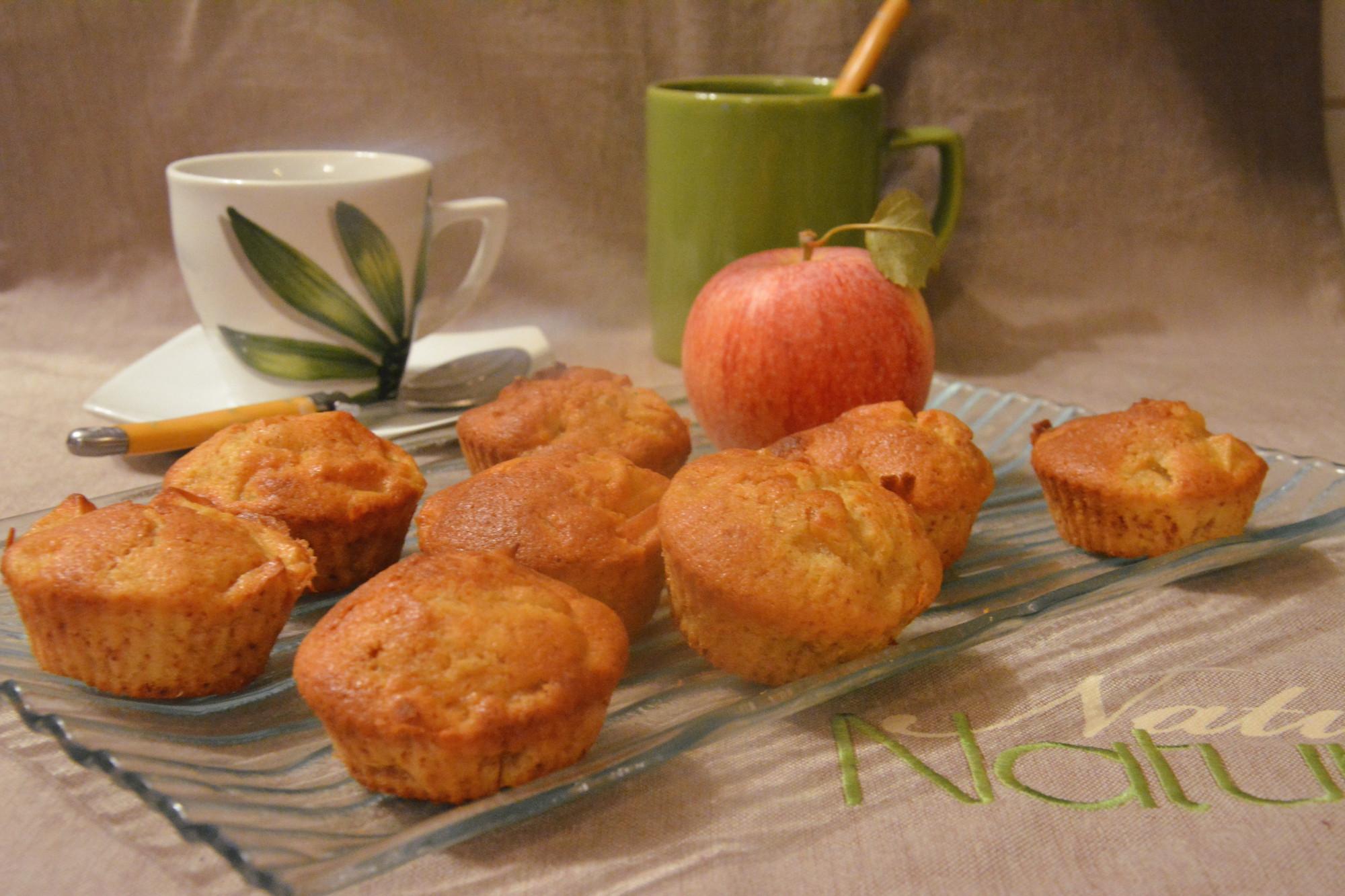 muffins aux pommes fondantes au fil du thym. Black Bedroom Furniture Sets. Home Design Ideas