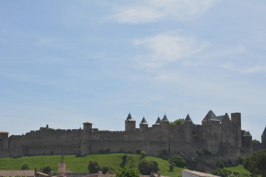 Vue de Carcassonne, du vieux pont