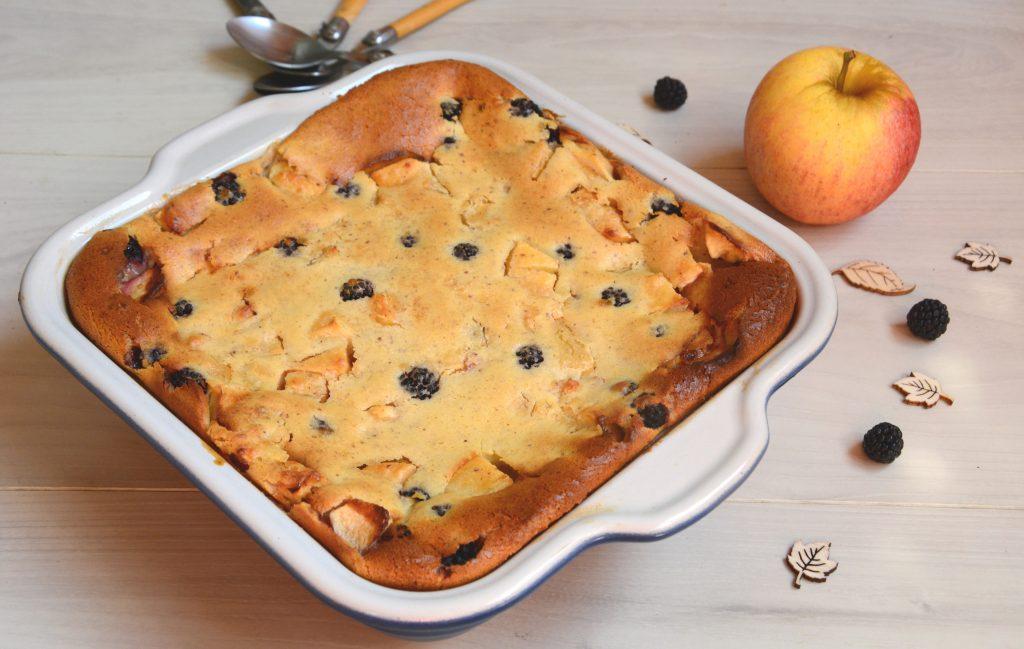 clafoutis pomme mure noisette - dessert de fin d'été - Au Fil du Thym