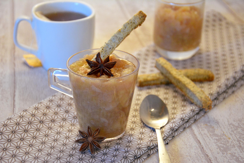 compote pomme poire épicée, sticks au thé