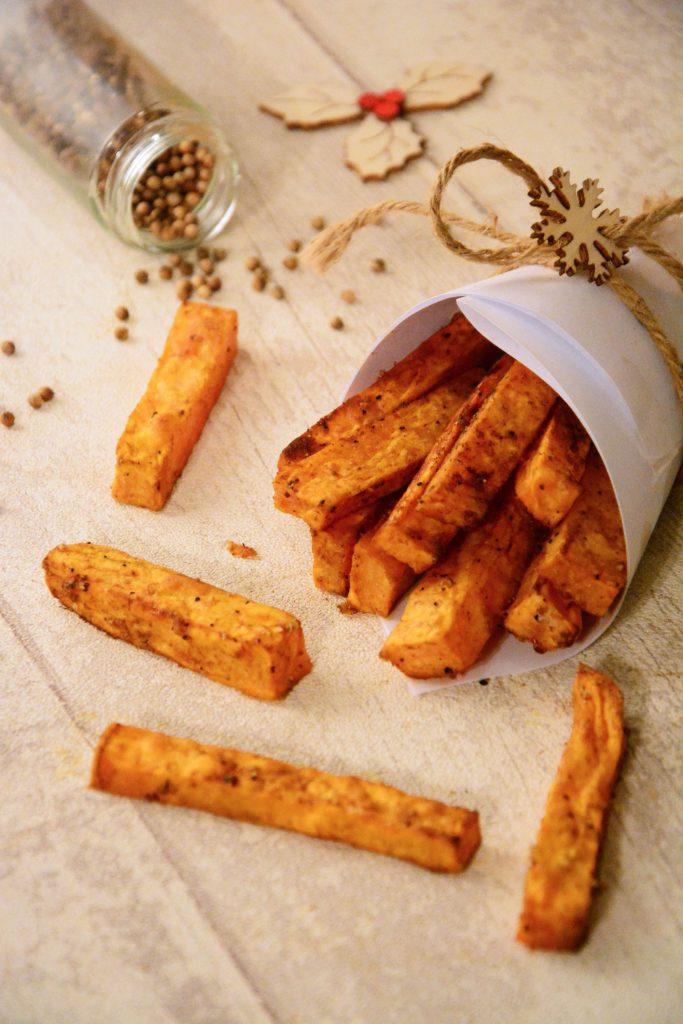 frites de patate douce au four au fil du thym. Black Bedroom Furniture Sets. Home Design Ideas