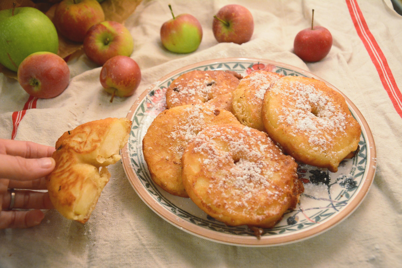 beignets aux pommes ou le go ter facile pour mardi gras au fil du thym. Black Bedroom Furniture Sets. Home Design Ideas