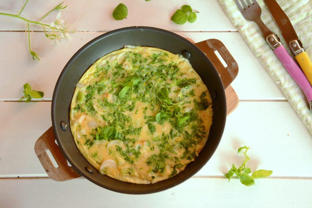 Omelette cresson et oignons nouveaux - recette facile et rapide
