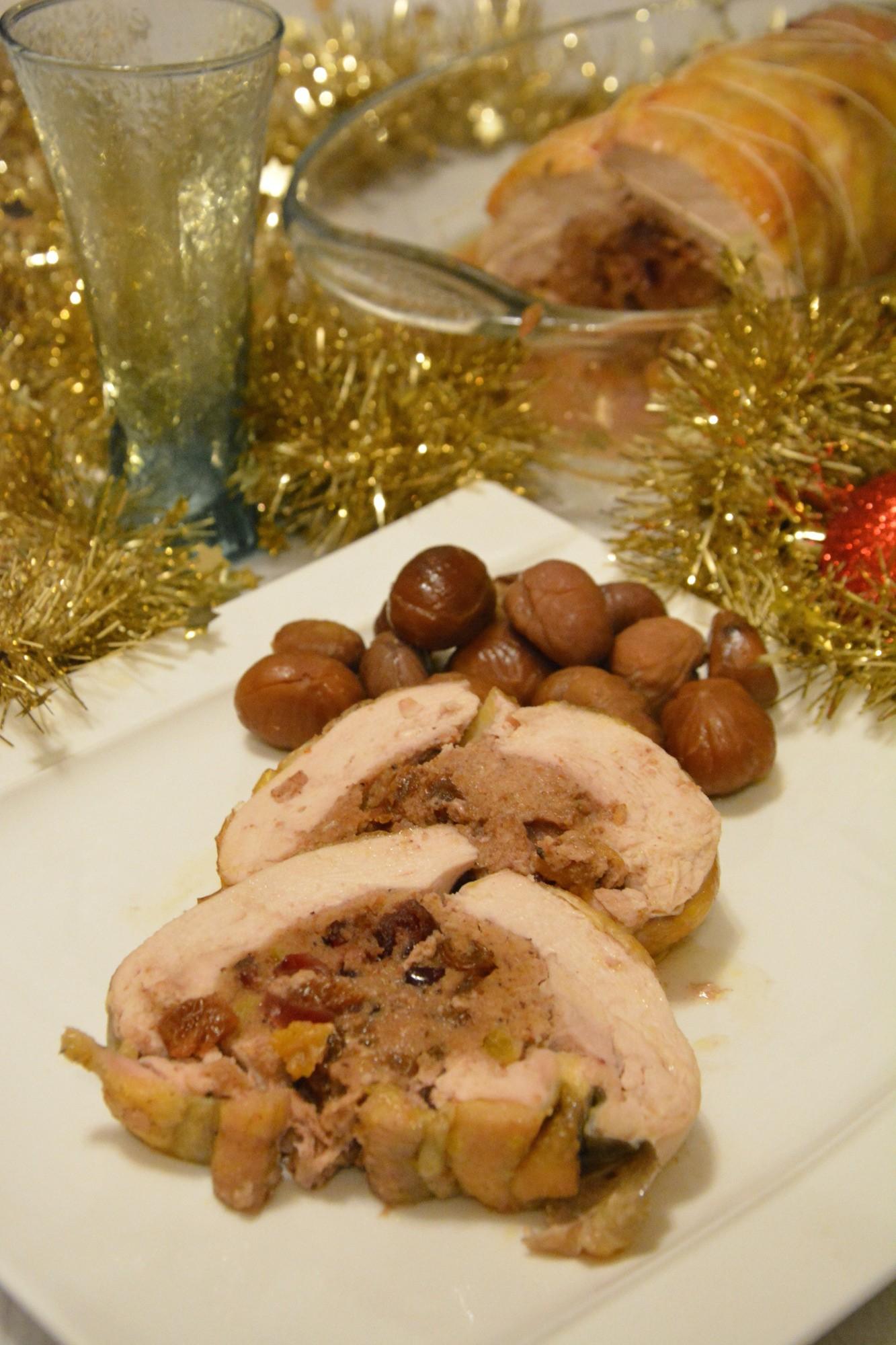 Ballotine de pintade aux fruits et épices de Noël