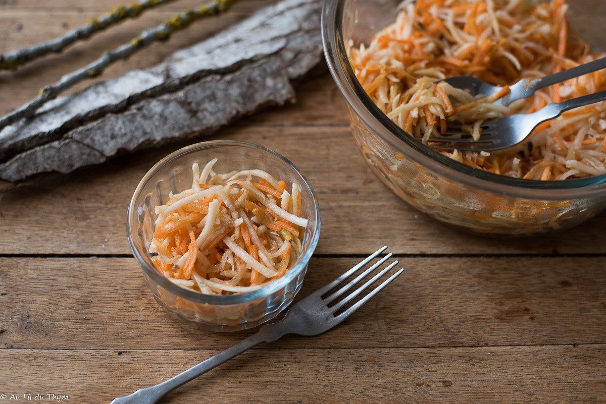 Salade de radis noir et carottes à l'asiatique