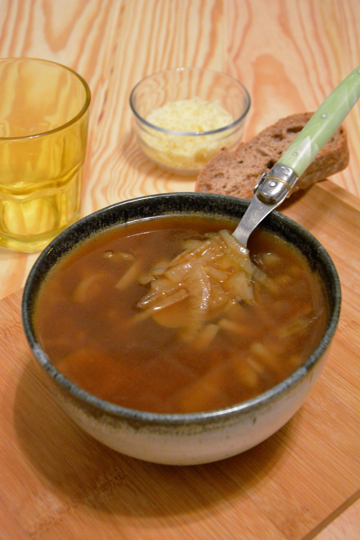 Soupe à l'oignon (au vin blanc)