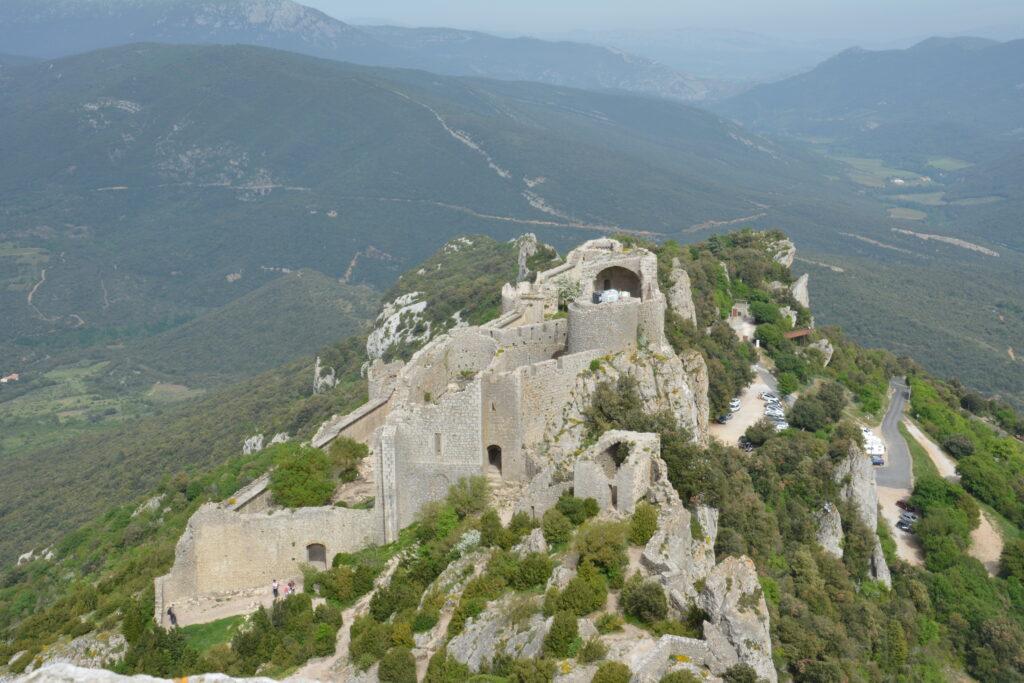 Peyrepertuse, ancien chateau.. vu du nouveau