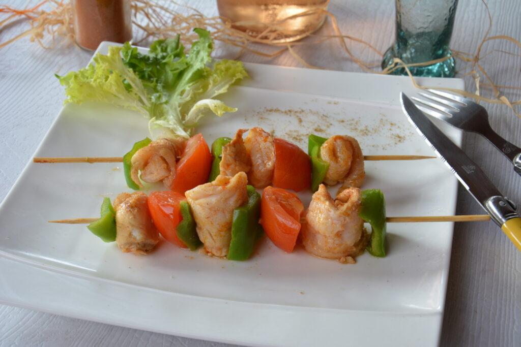 Des brochettes de merlan au paprika, faciles, délicieuses et parfumées,  pour barbecue ou autres - brochette de merlan - Au Fil du Thym