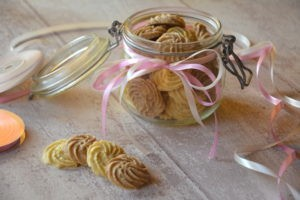 Biscuits friandises - cannelle ou amande