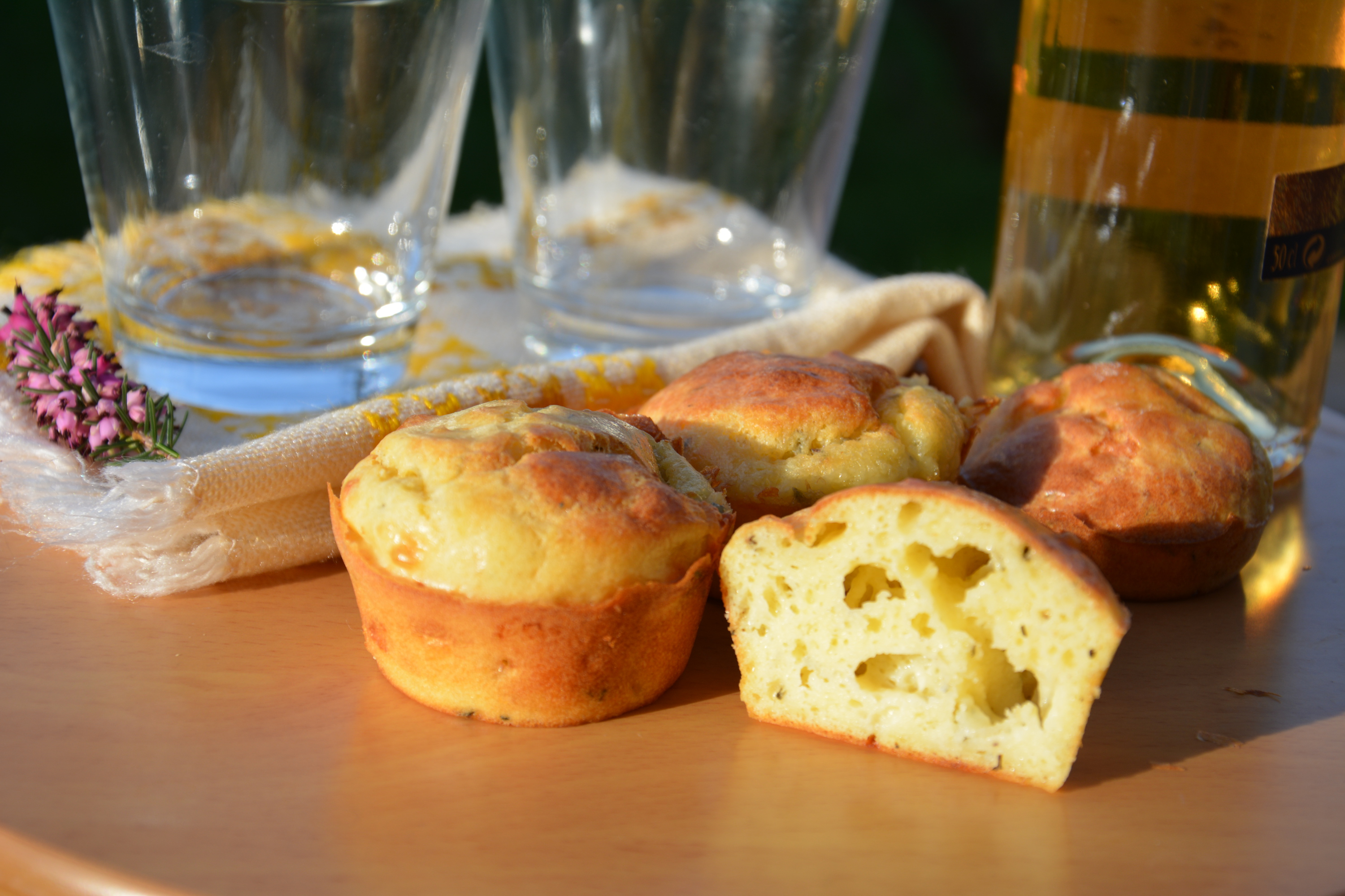 Idee Pour Apero.Muffins Aux 3 Fromages Au Fil Du Thym