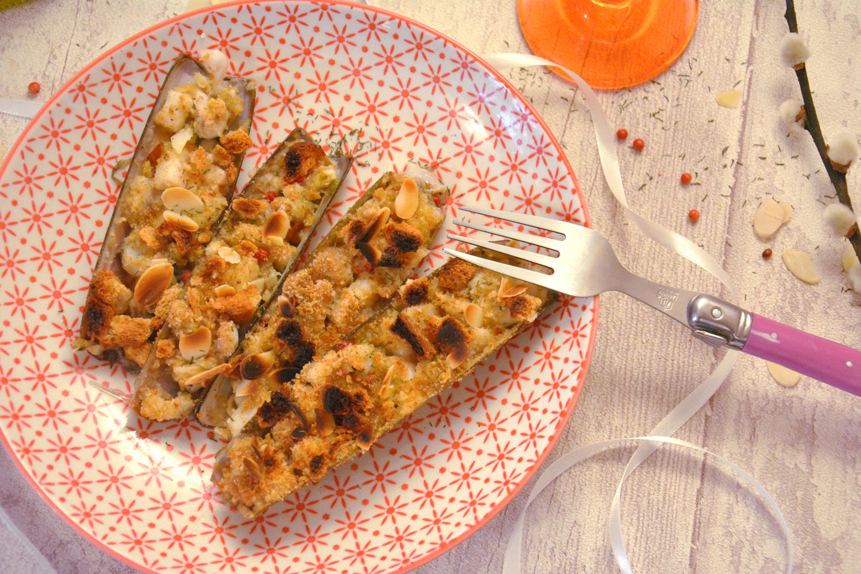 Couteaux gratinés amandes, citron et huile d'olive