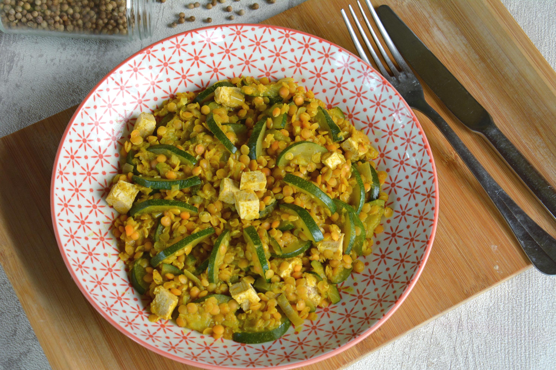 Poêlée de lentilles corail, courgette, tofu au garam masala