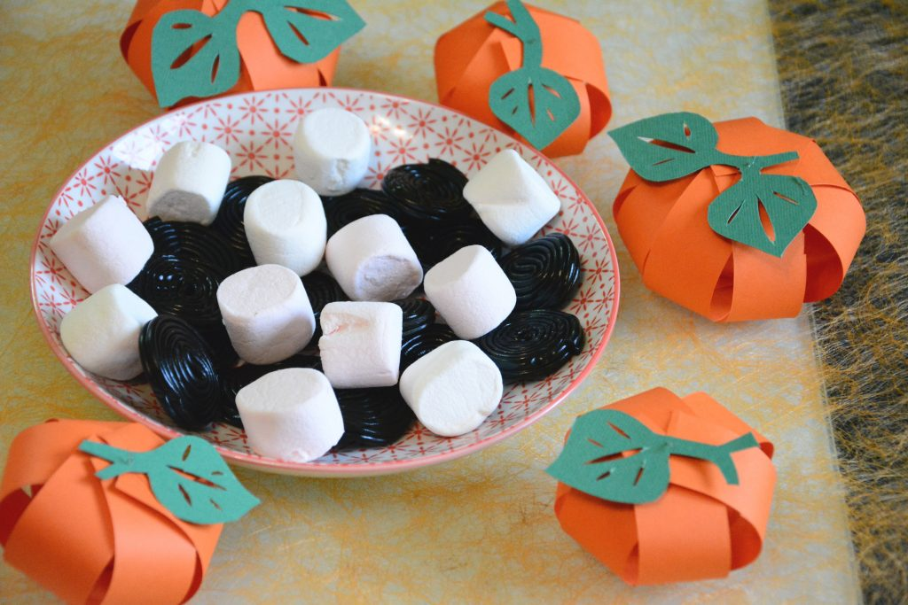 citrouilles en papier / déco table halloween