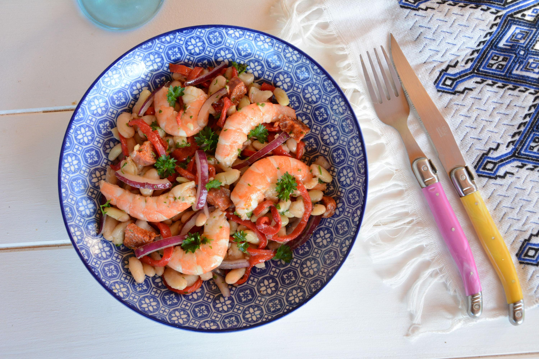 Salade de haricots blancs à l'espagnole (crevette, chorizo, piquillos)