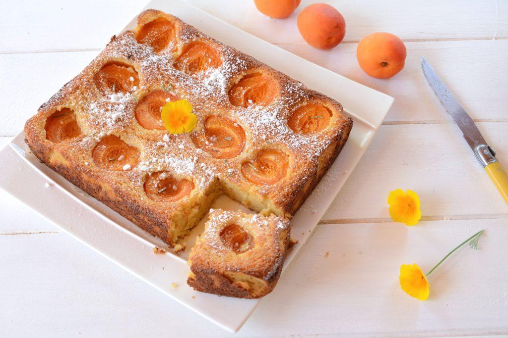 gâteau moelleux abricot ricotta amande - dessert d'été facile