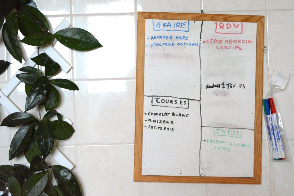 astuces organisation : le  tableau blanc pour tout noter