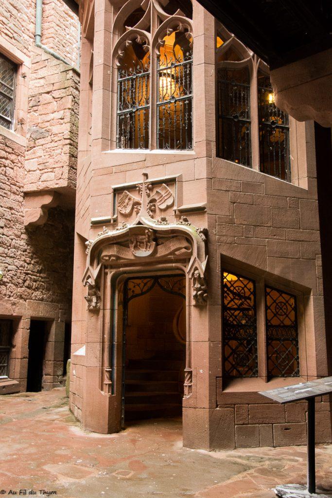 Château du Haut Koenigbourg - Aperçu grand escalier