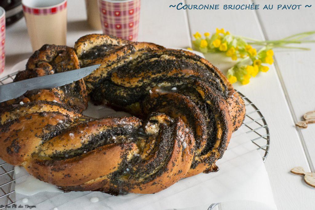 couronne briochee pavot, un délice au petit déjeuner ou au goûter - idée recette brioche graines de pavot - au fil du thym
