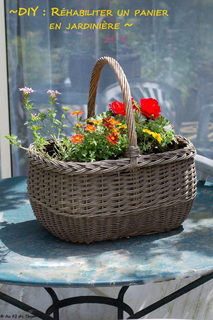 DIY - Un panier en osier rehabilité en jardinière - Tutoriel facile pour décorer sa terrasse, son balcon ou son jardin.
