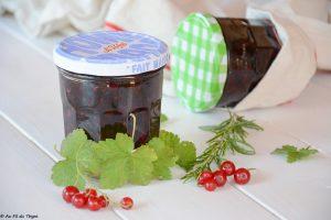 confiture groseilles romarin facile - recette groseille idéale pour en déguster toute l'année !