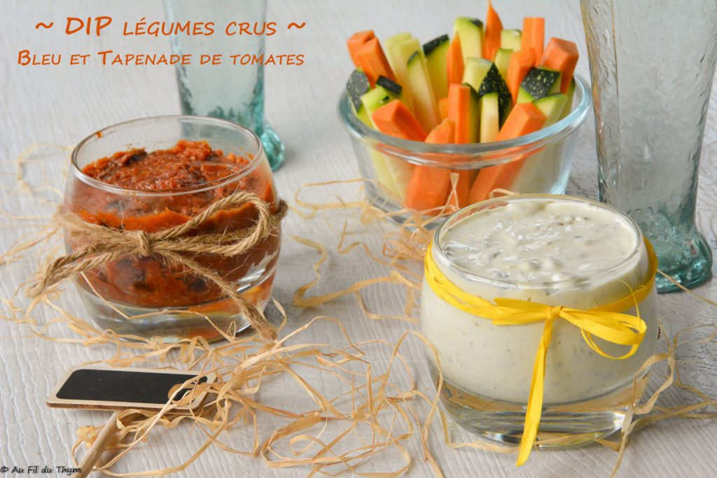 Dip légumes crus avec une sauce crémeuse au bleu et une tapenade de tomates séchées - Une recette apéritive ultra facile et gourmande ! Au Fil du Thym
