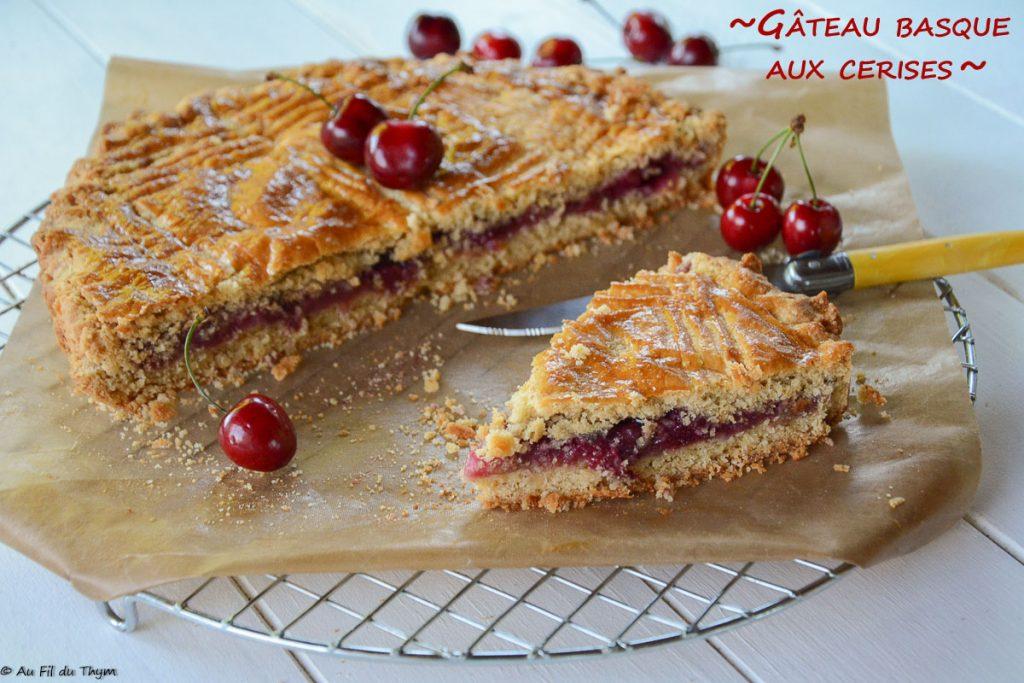 Gateau basque cerises frâiches - Une variante du gâteau basque avec un sablé amande et une compotée de cerises moins sucrée - un délice !