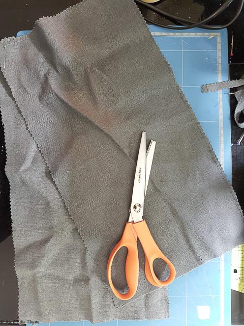 4cc6310d3d Découpez les morceaux de tissus aux tailles adaptés à votre futur panier.  Un schéma valant mieux qu'un grand discours voici les détails ci-dessous.