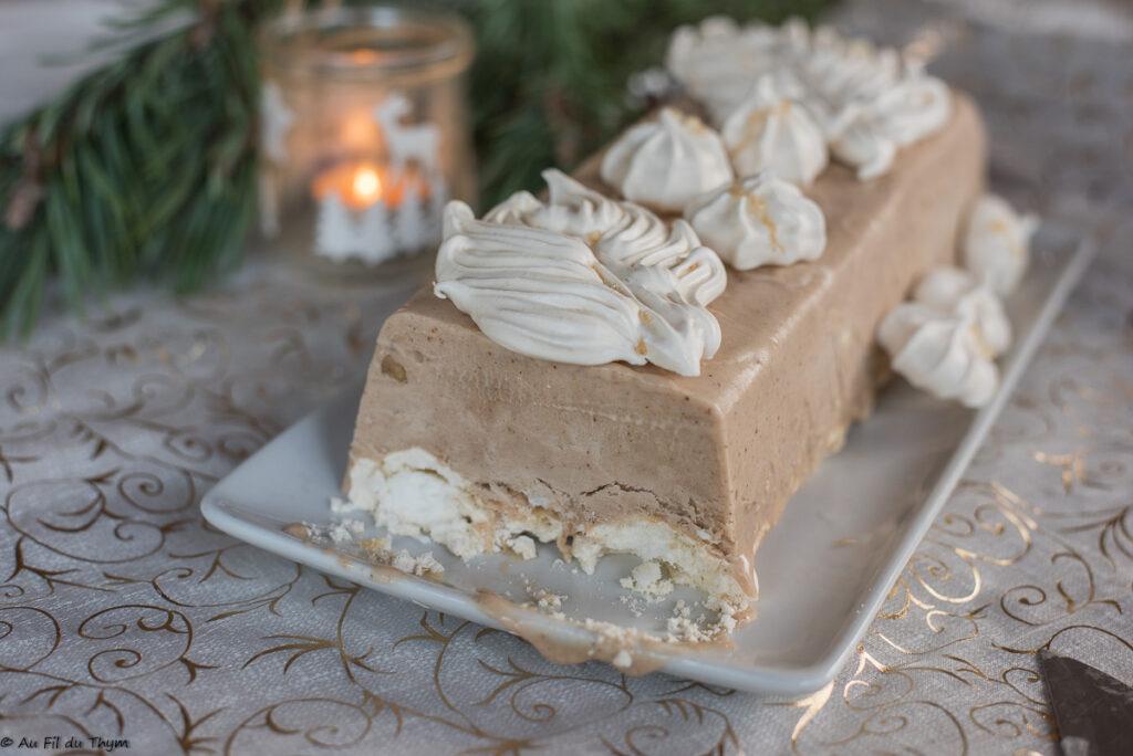 Bûche glacée aux marrons et meringue // Idée dessert noël préparable à l'avance - Au Fil du Thym