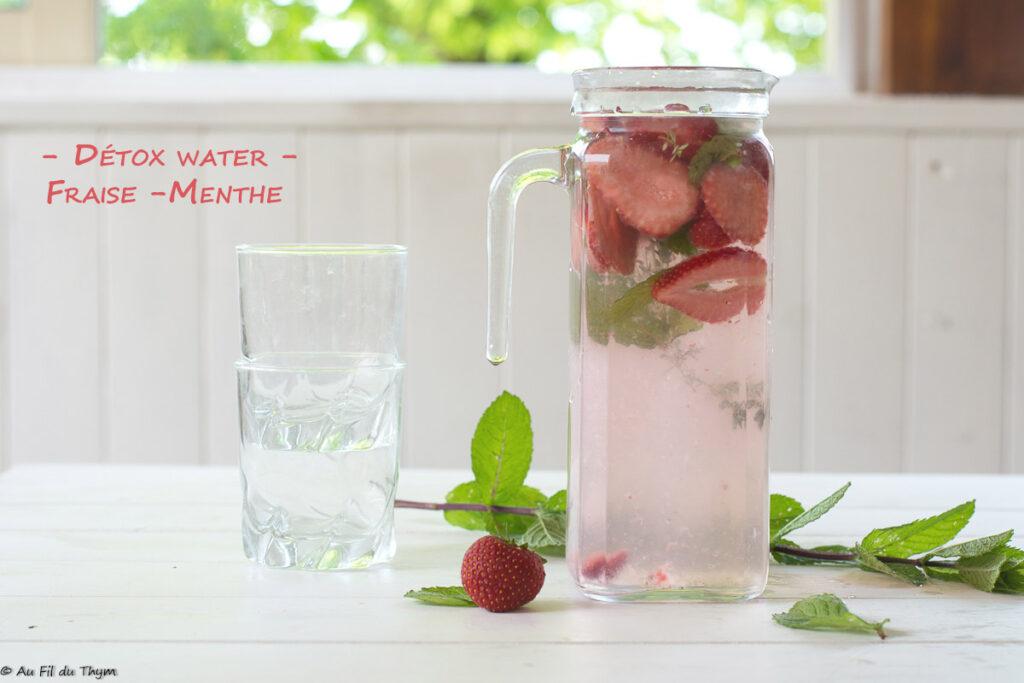 Eau infusée fraise et menthe (détox water fraise menthe)