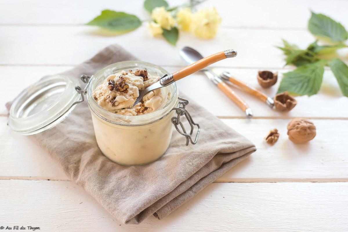 Glace au yaourt de brebis, miel et noix caramélisées (made in Drôme)