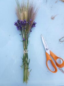 tutoriel bouquets blés et lavande pour l'été