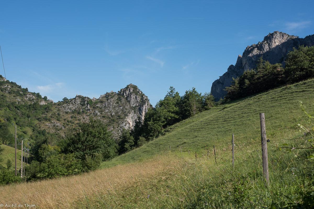 Grimper au pas du Loup (Drôme, Combe d'Oyans)