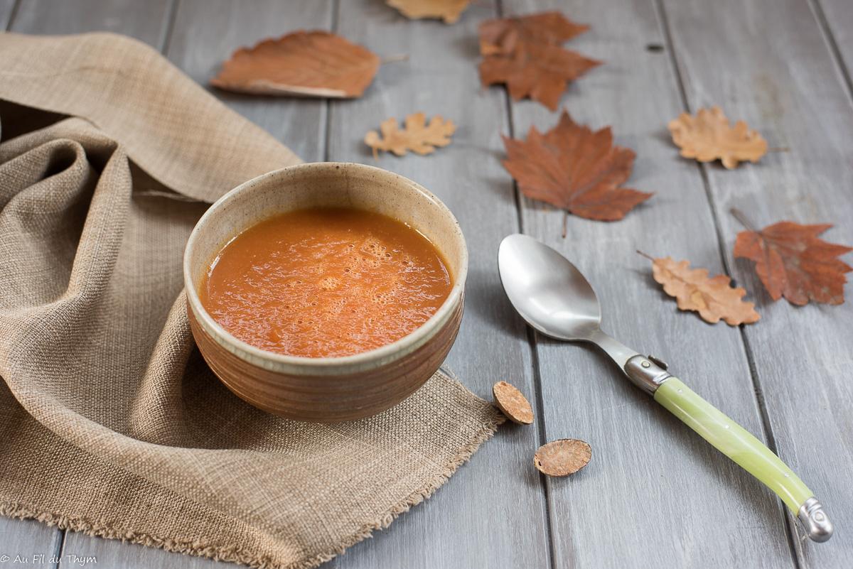 Soupe veloutée potiron et tomate