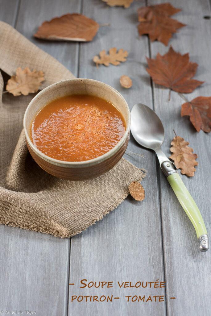 Soupe potiron tomate / velouté potiron tomate facile - Au Fil du Thym