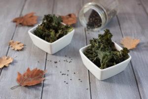 Chips chou kale au sésame - Au Fil du Thym