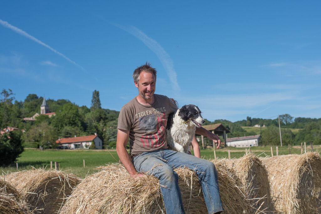 Agriculture bio éleveur volailles