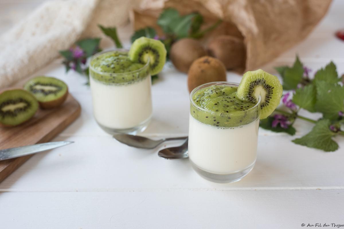 Pana cotta légère au coulis de kiwi