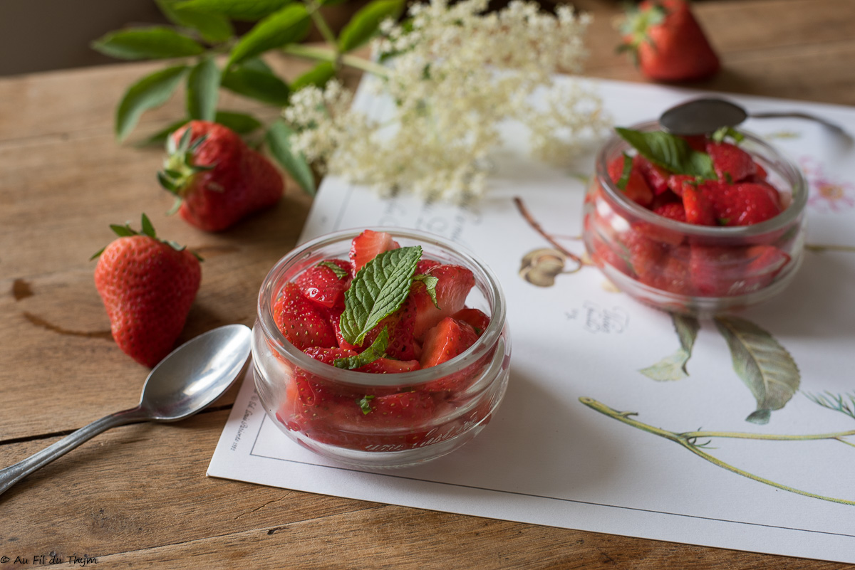 Salade de fraises à la menthe fraîche