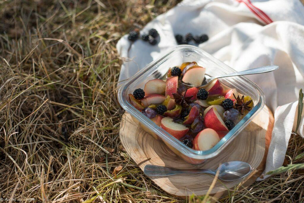 Salade pêches prunes au sirop épicé - Au Fil du Thym