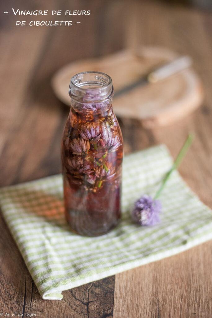 Vinaigre fleurs ciboulette - Au Fil du Thym