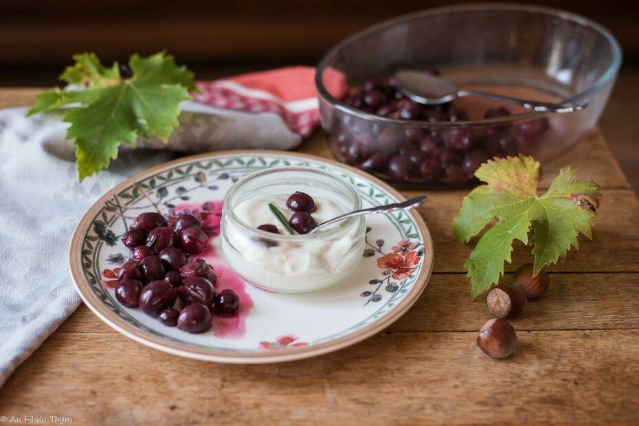 Raisin rôti au romarin et fromage blanc - Au Fil du Thym